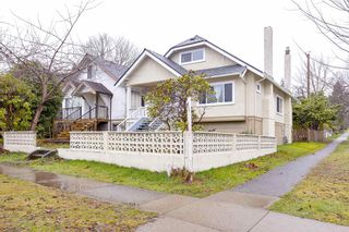 Photo 2: 3907 DUNBAR Street in Vancouver: Dunbar House for sale (Vancouver West)  : MLS®# R2583919