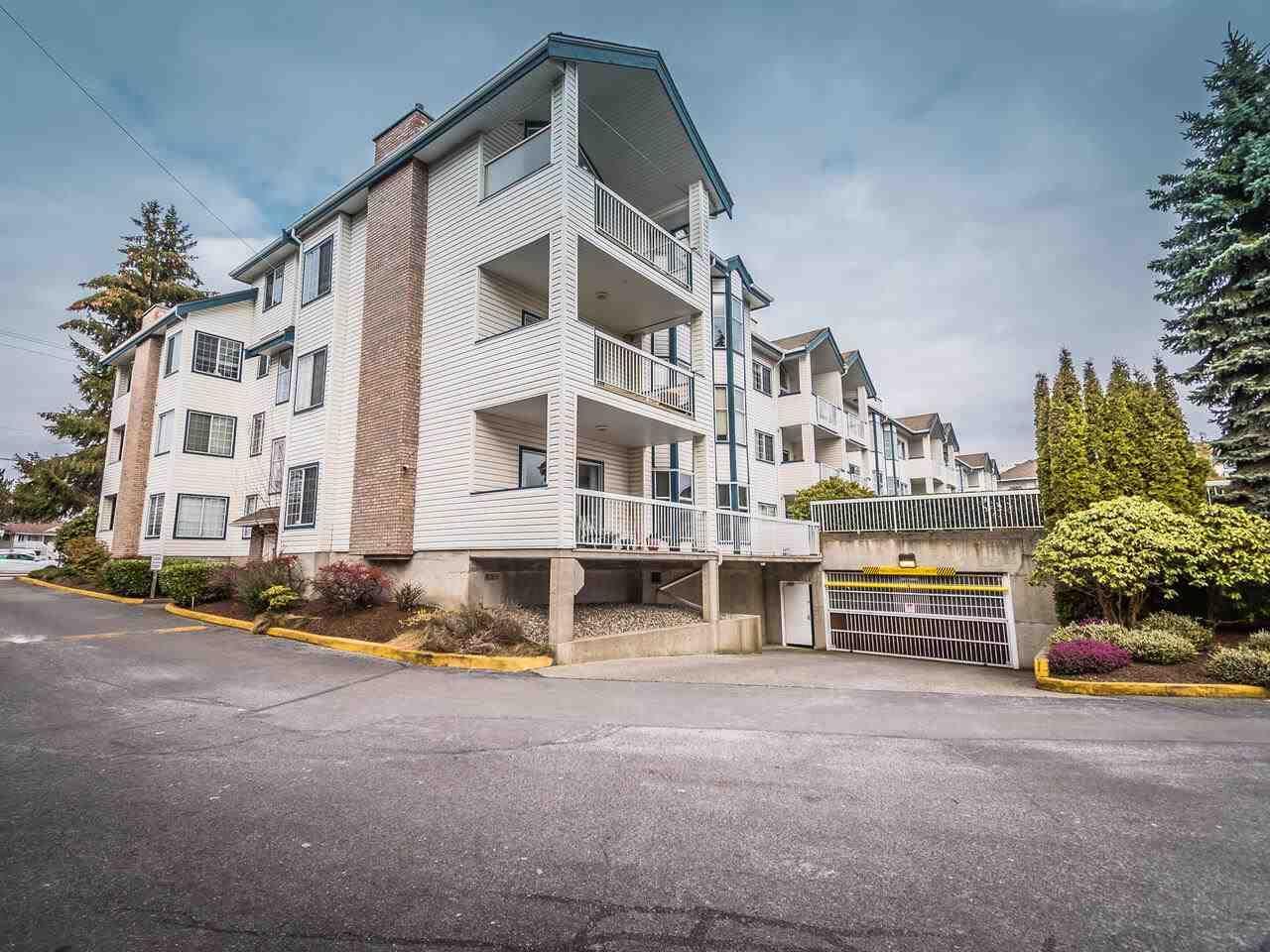 Photo 2: Photos: 108 13918 72 Avenue in Surrey: East Newton Condo for sale : MLS®# R2538723