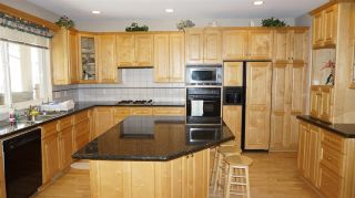 """Photo 5: 1718 HAMPTON Drive in Coquitlam: Westwood Plateau House for sale in """"HAMPTON ON THE GREEN"""" : MLS®# R2213904"""