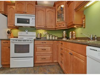 """Photo 4: 271 27411 28TH Avenue in Langley: Aldergrove Langley Townhouse for sale in """"Alderview"""" : MLS®# F1305689"""