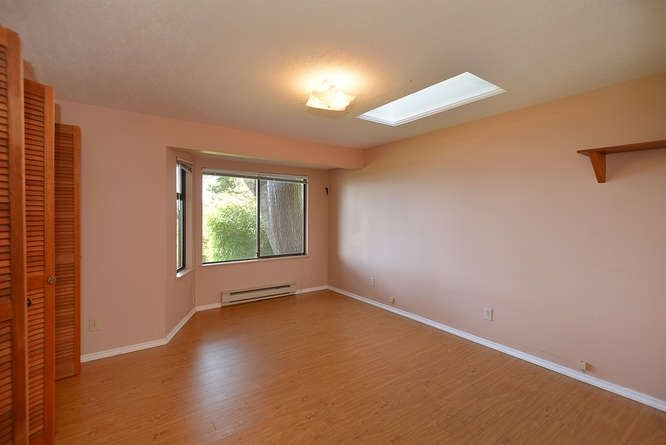 Photo 15: Photos: 221 SECOND Street in Gibsons: Gibsons & Area House for sale (Sunshine Coast)  : MLS®# R2259750