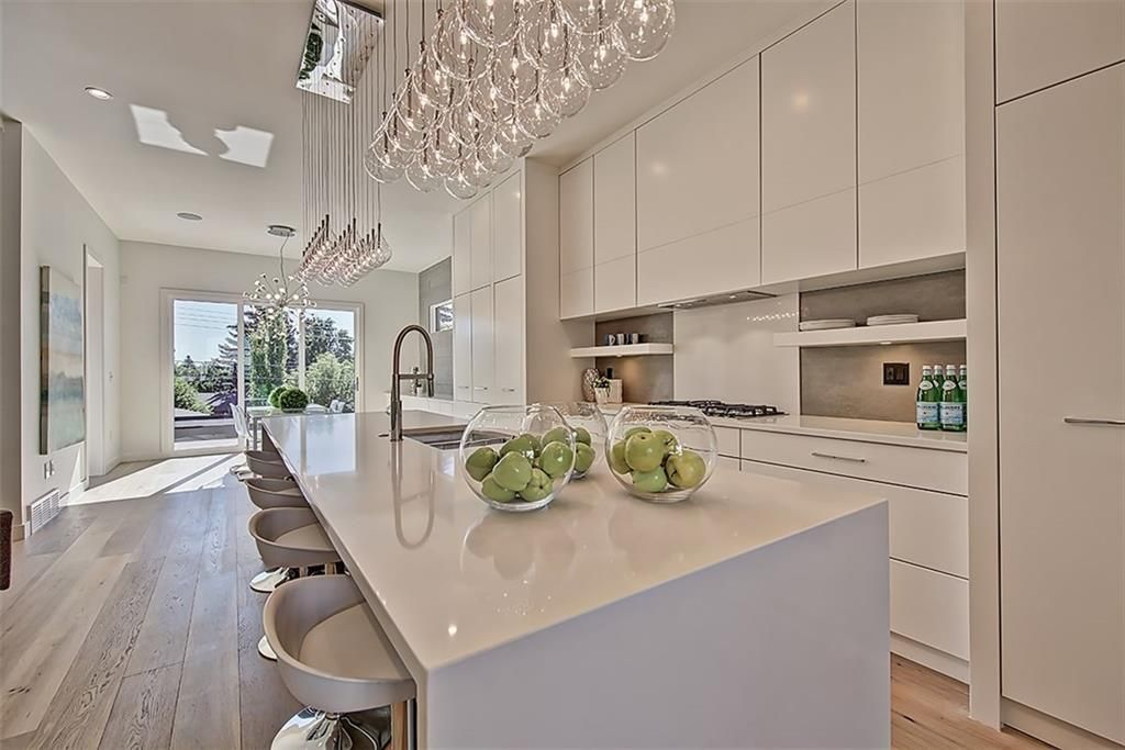 Main Photo: 4130 17 Street SW in Calgary: Altadore Semi Detached for sale : MLS®# C4268415