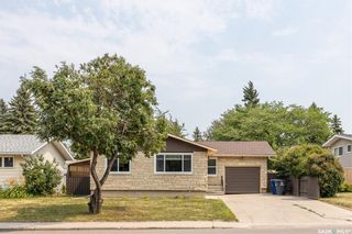 Photo 2: 635 ACADIA Drive in Saskatoon: West College Park Residential for sale : MLS®# SK864203