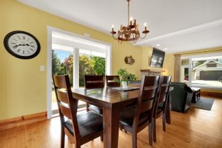 Photo 8: 31692 AMBERPOINT Place in Abbotsford: Abbotsford West House for sale : MLS®# R2609970