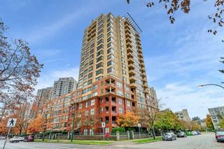 "Photo 1: 1806 5288 MELBOURNE Street in Vancouver: Collingwood VE Condo for sale in ""EMERALD PARK PLACE"" (Vancouver East)  : MLS®# R2538521"