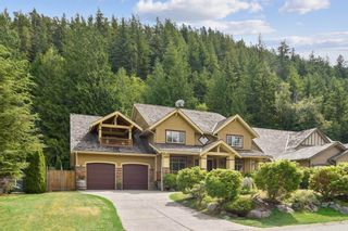 Photo 3: 149 STONEGATE Drive in West Vancouver: Furry Creek House for sale : MLS®# R2608610