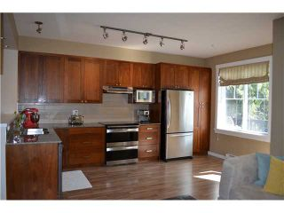 Photo 6: # 1 688 EDGAR AV in Coquitlam: Coquitlam West Condo for sale : MLS®# V1123542