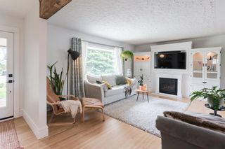 Photo 5: 67 Connaught Drive NW in Calgary: Cambrian Heights Detached for sale : MLS®# A1033424