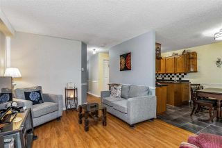 """Photo 6: 7 5925 177B Street in Surrey: Cloverdale BC Townhouse for sale in """"The Gables"""" (Cloverdale)  : MLS®# R2447082"""