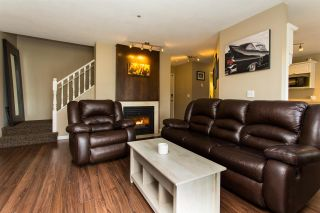 """Photo 8: 9 19991 53A Avenue in Langley: Langley City Condo for sale in """"Catherine Court"""" : MLS®# R2391257"""