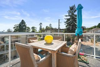 """Photo 12: 828 PARKER Street: White Rock House for sale in """"EAST BEACH"""" (South Surrey White Rock)  : MLS®# R2607727"""