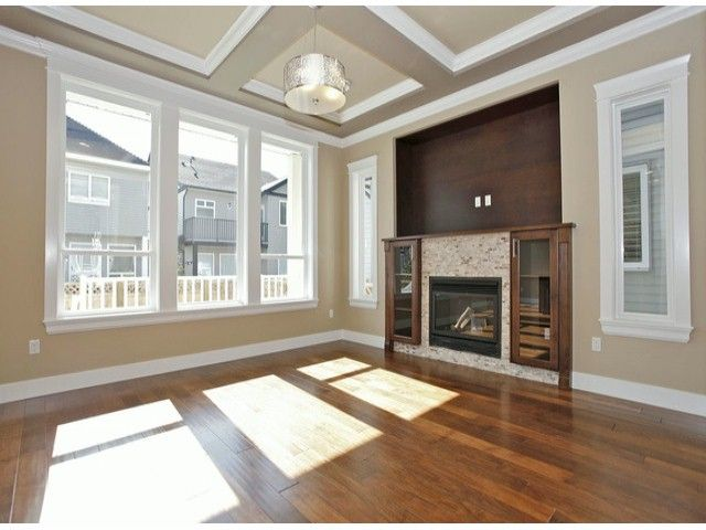 """Photo 5: Photos: 7684 210TH Street in Langley: Willoughby Heights House for sale in """"YORKSON SOUTH"""" : MLS®# F1318328"""