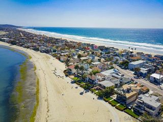 Photo 63: MISSION BEACH House for sale : 2 bedrooms : 801 Whiting Ct in San Diego