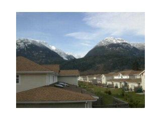 """Photo 6: 20 1821 WILLOW Crescent in Squamish: Garibaldi Estates Townhouse for sale in """"WILLOW VILLAGE"""" : MLS®# V1061460"""