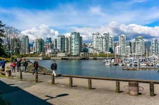 Photo 1: 247 658 LEG IN BOOT SQUARE in Vancouver: False Creek Condo for sale (Vancouver West)  : MLS®# R2118181