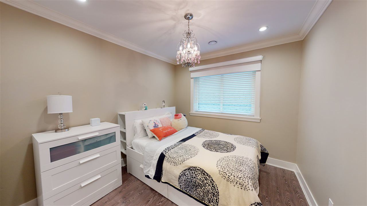 Photo 21: Photos: 3365 NAPIER Street in Vancouver: Renfrew VE House for sale (Vancouver East)  : MLS®# R2534997