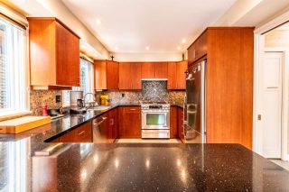 Photo 10: 3322 W 7TH AVENUE in Vancouver: Kitsilano 1/2 Duplex for sale (Vancouver West)  : MLS®# R2477969