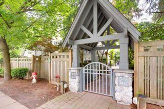 Photo 1: 4 1073 LYNN VALLEY Road in North Vancouver: Lynn Valley Condo for sale : MLS®# R2468395
