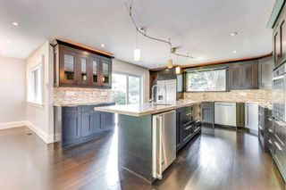 Photo 8: 88 Selgrove Crescent in Oakville: Bronte East House (Sidesplit 3) for sale : MLS®# W5317314