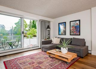 Main Photo: 303 525 22 Avenue SW in Calgary: Cliff Bungalow Apartment for sale : MLS®# A1117878