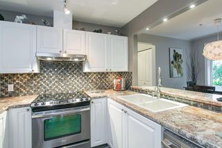 """Photo 9: 106 2588 ALDER Street in Vancouver: Fairview VW Condo for sale in """"BOLLERT PLACE"""" (Vancouver West)  : MLS®# R2014065"""