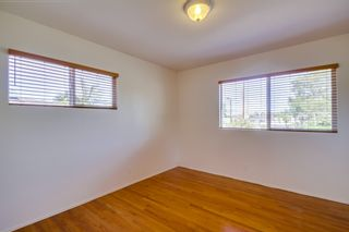 Photo 14: VISTA House for sale : 2 bedrooms : 1335 Foothill