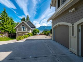 Photo 8: 6560 N GALE Avenue in Sechelt: Sechelt District House for sale (Sunshine Coast)  : MLS®# R2541761