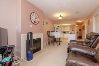 Photo 6: 205 7143 West Saanich Rd in : CS Brentwood Bay Condo for sale (Central Saanich)  : MLS®# 883635