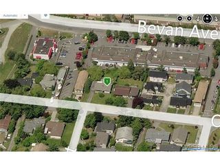 Photo 4: 2336 Oakville Ave in SIDNEY: Si Sidney South-East House for sale (Sidney)  : MLS®# 675981