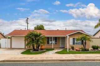 Photo 2: EL CAJON House for sale : 3 bedrooms : 1754 Peppervilla Dr