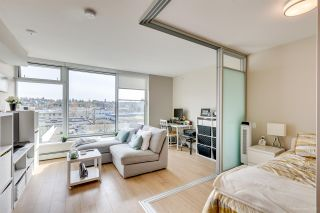 """Photo 2: 611 1783 MANITOBA Street in Vancouver: False Creek Condo for sale in """"The Residences at West"""" (Vancouver West)  : MLS®# R2155834"""