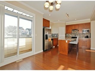 Photo 7: # 28 7168 179TH ST in Surrey: Cloverdale BC Condo for sale (Cloverdale)  : MLS®# F1430373