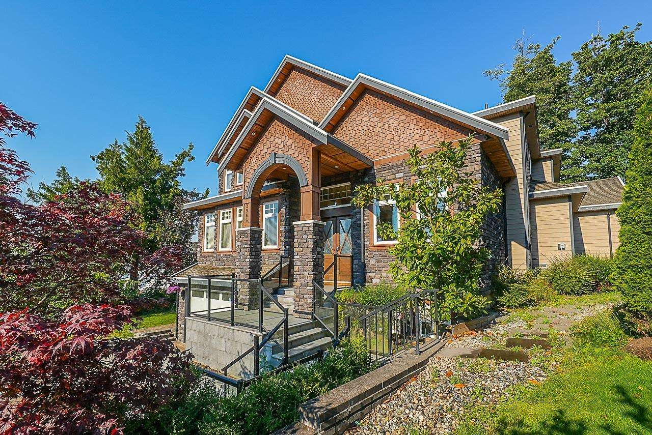 Main Photo: 2966 161A Street in Surrey: Grandview Surrey House for sale (South Surrey White Rock)  : MLS®# R2599780