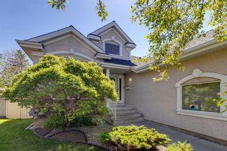 Photo 2: 230 Douglasview Court SE: Calgary Detached for sale : MLS®# A1115915