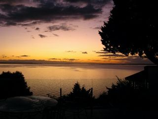 Photo 2: 2279 CHRISTOPHERSON Road in South Surrey White Rock: Crescent Bch Ocean Pk. Home for sale ()