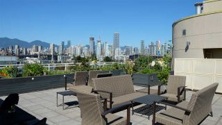 Photo 13: 416 1635 W 3RD Avenue in Vancouver: False Creek Condo for sale (Vancouver West)  : MLS®# R2481622