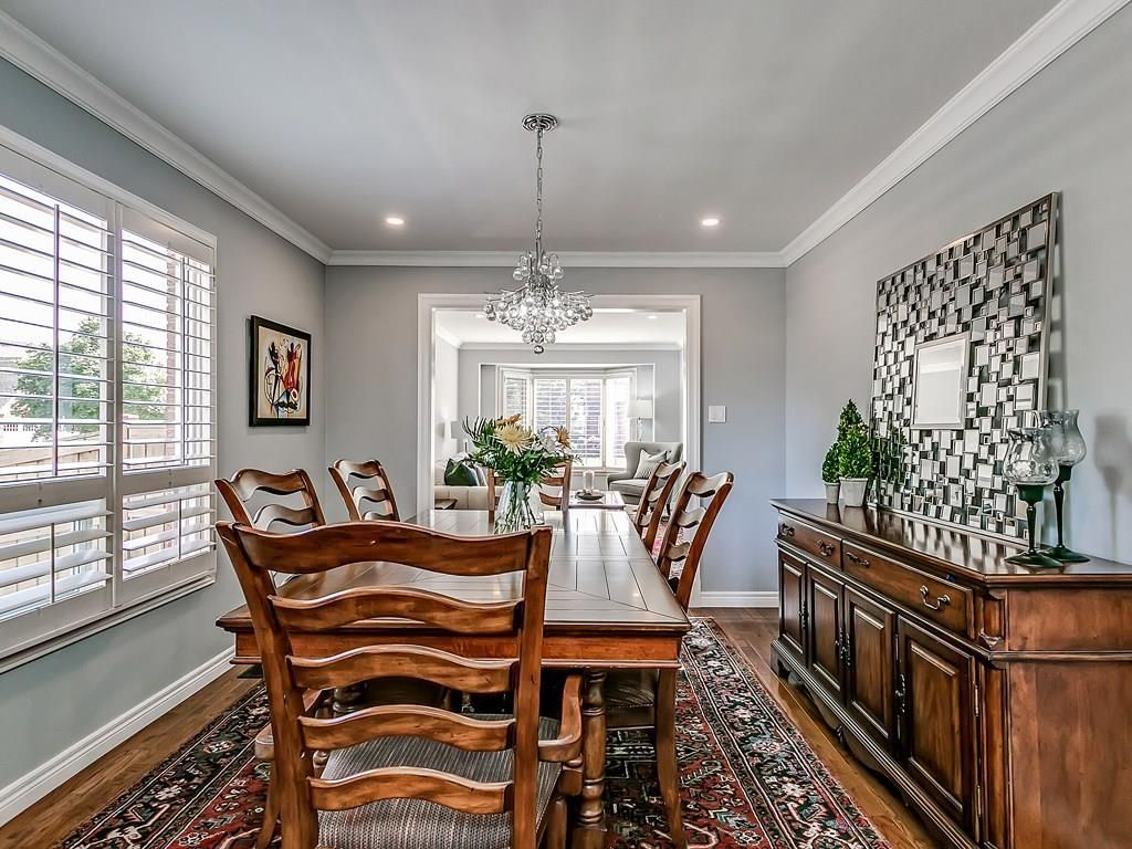 Photo 7: Photos: 2025 SUMMER WIND Drive in Burlington: Residential for sale : MLS®# H4030696