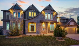 Photo 3: 3105 81 Street SW in Calgary: Springbank Hill Detached for sale : MLS®# A1153314