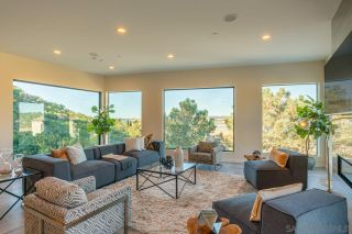 Photo 11: DEL MAR House for sale : 5 bedrooms : 2829 Racetrack View Dr