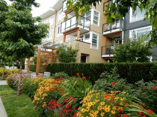 Photo 2: 202 23255 BILLY BROWN ROAD in Langley: Fort Langley Condo for sale : MLS®# R2088862