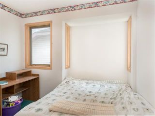 Photo 7: 128 Valley Meadow Close NW in Calgary: Valley Ridge House for sale : MLS®# C4101341