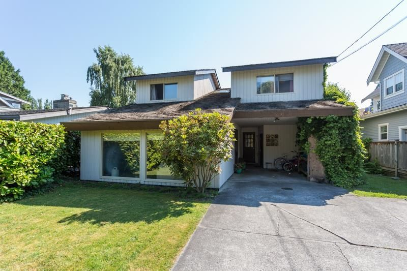 Main Photo: 12292 GILLEY Street in Surrey: Crescent Bch Ocean Pk. House for sale (South Surrey White Rock)  : MLS®# R2598094