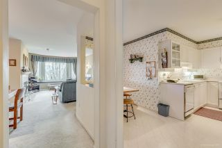 """Photo 6: 306 3733 NORFOLK Street in Burnaby: Central BN Condo for sale in """"WINCHELSEA"""" (Burnaby North)  : MLS®# R2154946"""