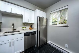 """Photo 11: 9 877 W 7TH Avenue in Vancouver: Fairview VW Townhouse for sale in """"EMERALD COURT"""" (Vancouver West)  : MLS®# R2341517"""