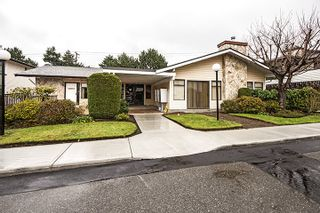 """Photo 13: 201 15153 98 Avenue in Surrey: Guildford Townhouse for sale in """"Glenwood Village"""" (North Surrey)  : MLS®# R2020396"""
