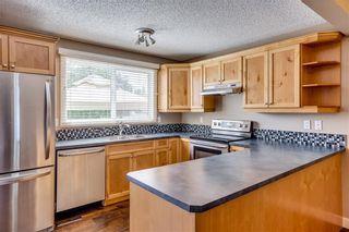 Photo 8: 194 WOODMONT Terrace SW in Calgary: Woodbine Row/Townhouse for sale : MLS®# C4306150