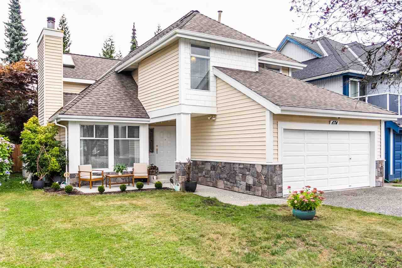 Main Photo: 674 LOST LAKE Drive in Coquitlam: Coquitlam East House for sale : MLS®# R2492539