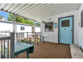 """Photo 4: 328 1840 160 Street in Surrey: King George Corridor Manufactured Home for sale in """"BREAKAWAY BAYS"""" (South Surrey White Rock)  : MLS®# R2593768"""