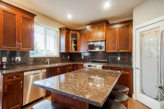 """Photo 4: 15026 61 Avenue in Surrey: Sullivan Station House for sale in """"Whispering Ridge"""" : MLS®# R2531917"""