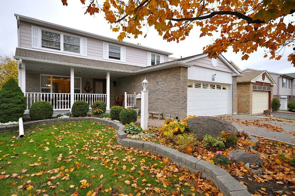 Main Photo: : Freehold for sale : MLS®# N2497480